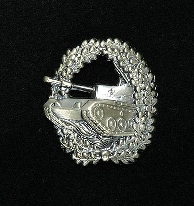 BW Barett Abzeichen Panzertruppe Alte Art Metall