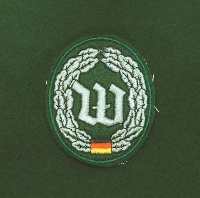 Barett Abzeichen Wachbatallion Handgestickt