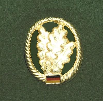 BW Barett Abzeichen Jägertruppe Metall