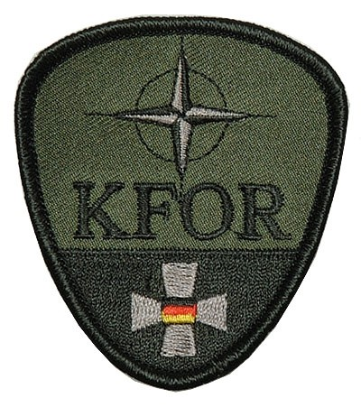 KFOR AbzeichenEisernem Kreuz Oliv/Schwarz Klett