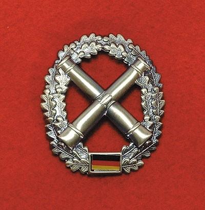 BW Barett Abzeichen Artillerie Metall